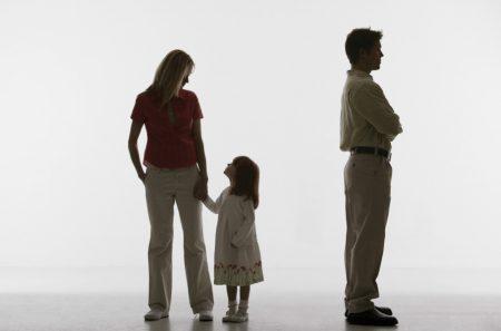 Подать на алименты после развода
