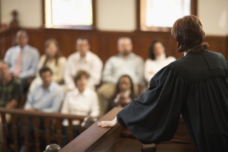 Сколько присяжных в суде